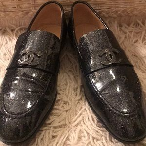 CHANEL LOAFERS!!